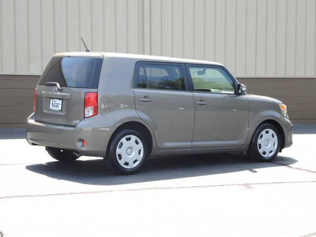 Pre-Owned 2011 Scion xB FWD Station Wagon